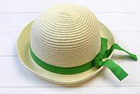 Шляпа детская украшена нежной лентой