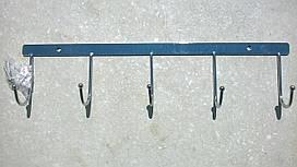 Вешалка на пять крючков 0327
