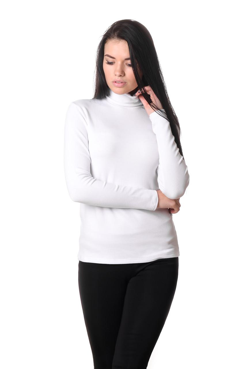 Привлекательная женская водолазка из качественного плотного материала белая
