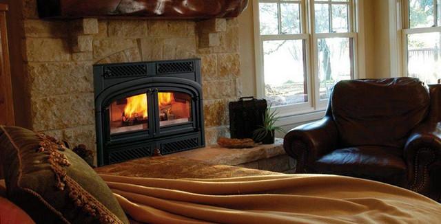 Опалення дровами за допомогою каміну