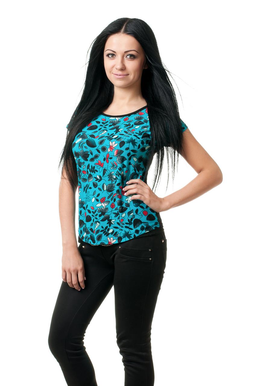 Модная женская футболка с цветочным принтом голубая