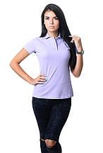 Модная женская футболка из хлопка с воротником поло сиреневая