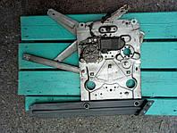 Стеклоподъемник электр. передний правый Renault Premium 1996-2004, 5010225123 с моторчиком Bosch 0130821508