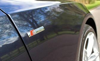 Эмблема шильдик значок Audi S-Line на крыло