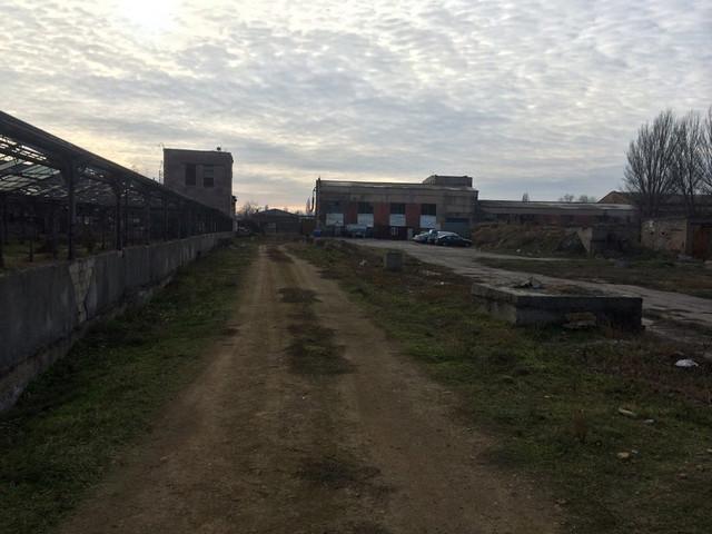 Продажа территории завода и две производственные складские базы в городе Одесса, Суворовский район, Пересыпь
