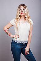 Оригинальная летняя блуза с гипюром цвета пудра