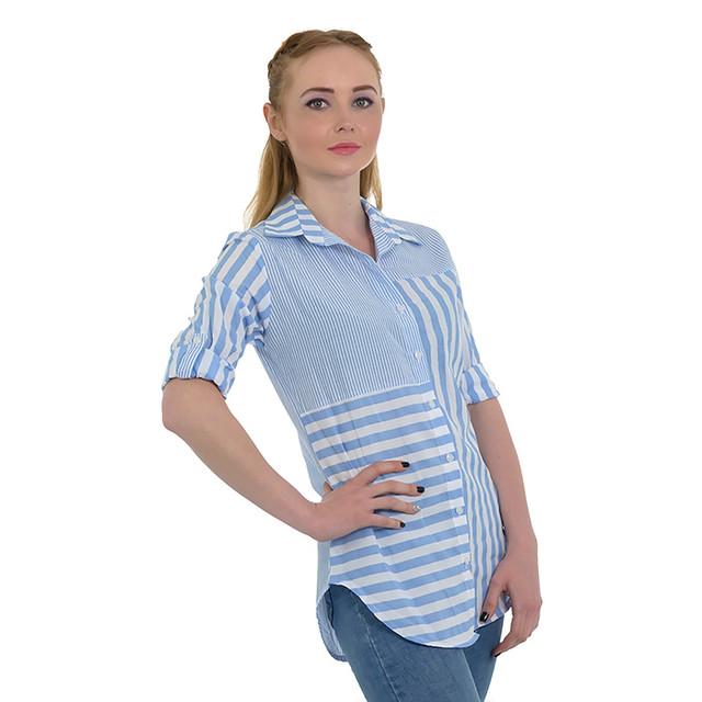 Летняя голубая женская рубашка в полоску