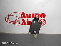 Активатор замка багажника TOYOTA Avensis (T220) 97-03 6915005010
