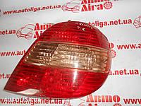 Фонарь задний правый (хэтчбек) TOYOTA Avensis (T220) 97-03 8155005110