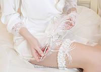 """Кружевная подвязка с перьями страуса и подвеской """"Bride"""""""