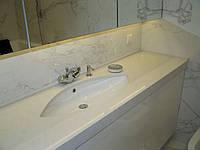 Столешница в ванную комнату из искусственного камня, кварца