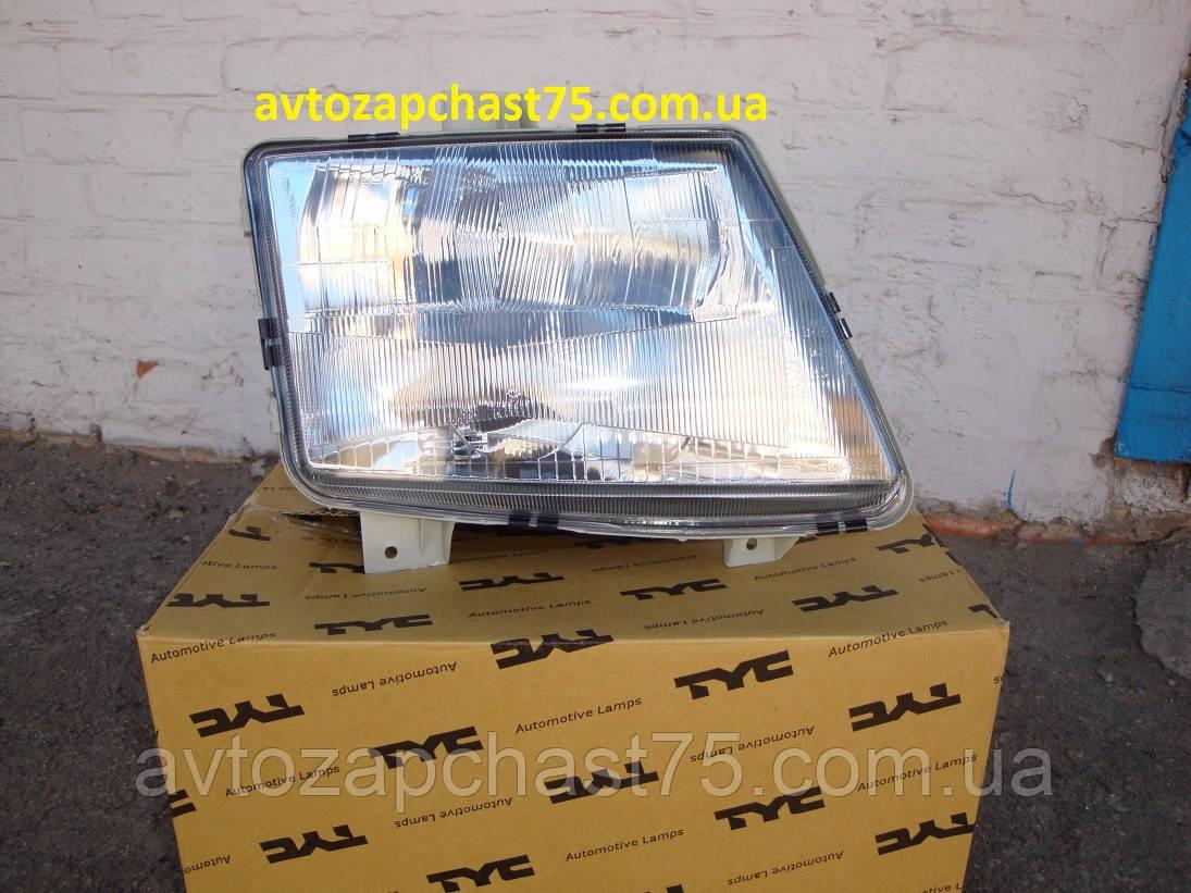 Фара Mercedes Vito правая до 2002 года выпуска (производитель Tyc, Тайвань) пневморегулировка