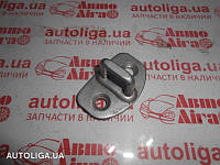 Скоба замка двери VOLKSWAGEN Golf IV 97-05 3B0837033K