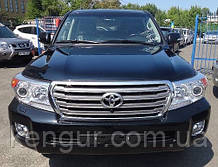 Передний бампер Toyota Land Cruiser 200 521196A958