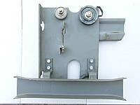 Каретка дверей кабины лифта правая