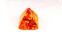 """""""пирамида"""" из янтарной смолы, коричневая средняя"""
