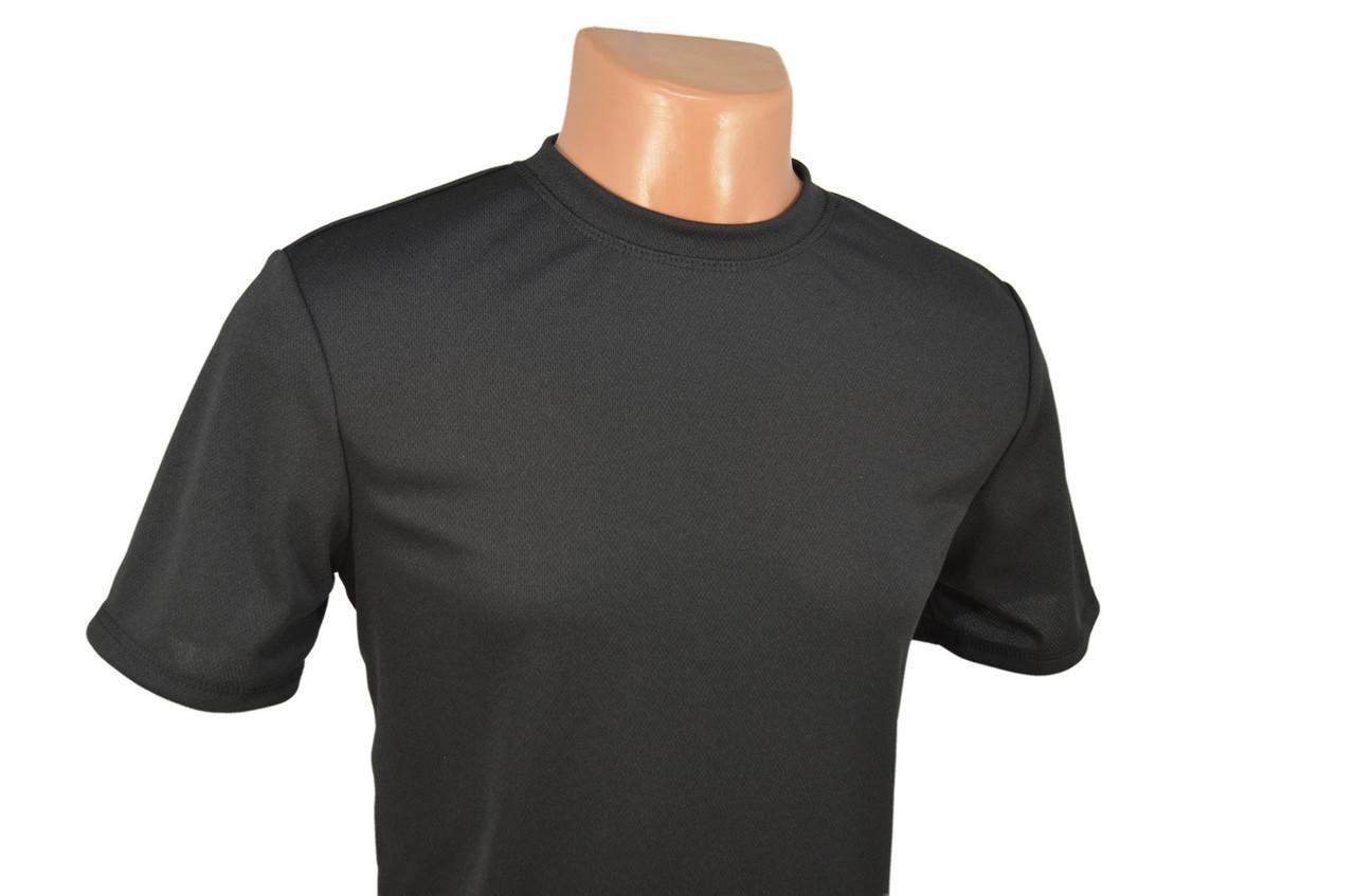 Термофутболка чёрная потоотводящая из ткани кулмакс