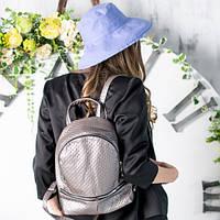 Льняная фиолетовая шляпка