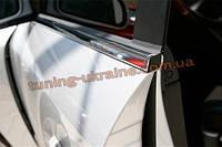 Нижние молдинги стекол Omsa на Land Rover Discovery 2009-2015