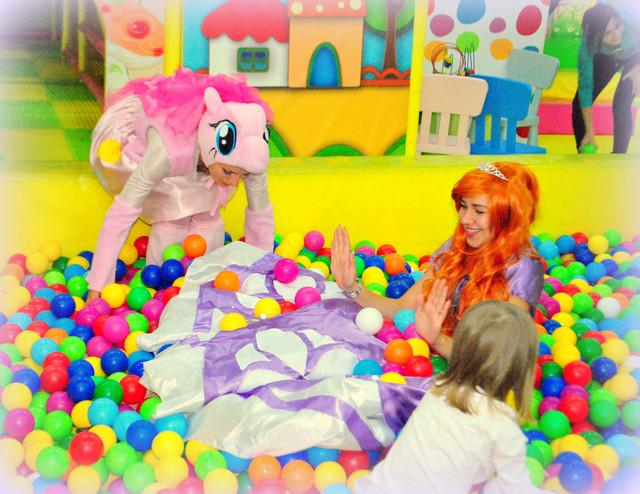 Аниматор принцесса София Прекрасная,принцессы диснея на детский праздник с принцессой Софией