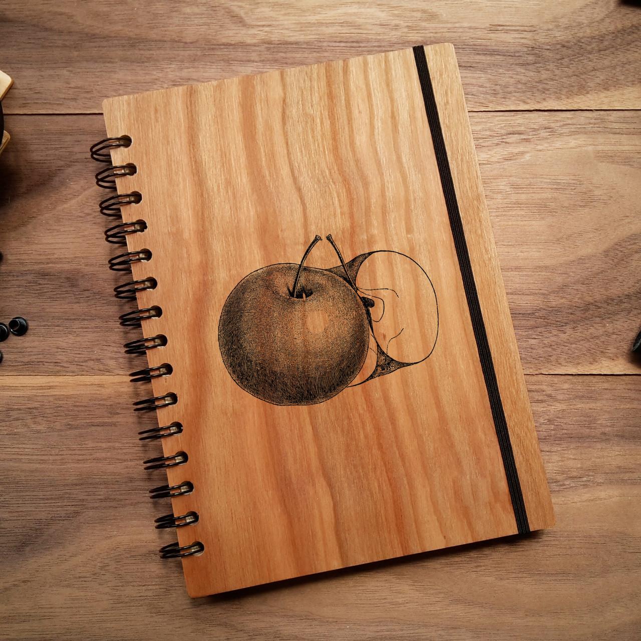 """Деревянный блокнот """"Яблоко"""" А5 (бумага 148х210 мм)"""