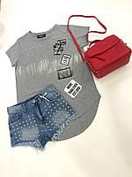 Брендовая женская футболка серая с принтом