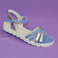Босоножки кожаные на утолщенной белой подошве. Цвет голубой/серебро