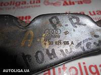 Кронштейн крыла передний правий AUDI A6 C5 97-05 4B0821135A