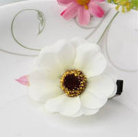 Заколка цветок белая/бижутерия/цвет белый