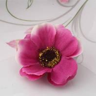 Заколка цветок малиновая/бижутерия/цвет малиновый