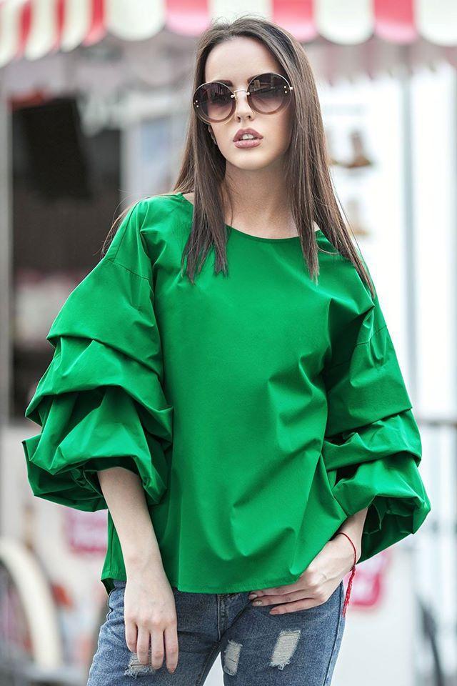 f0bff89988c Молодежная зеленая блуза ФЕЛЛИНИ с фактурными защипами - ИНТЕРНЕТ МАГАЗИН  СТИЛЬ в Каменском