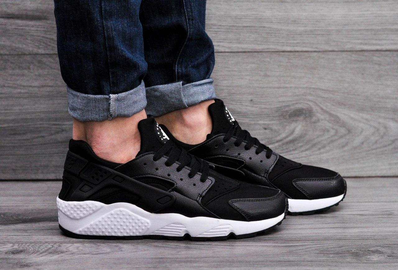 Мужские кроссовки в стиле Nike Air Huarache Black White черно-белые