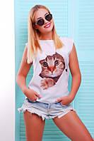 Стильная белая футболка с кошечкой