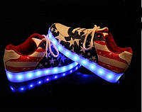 "LED кроссовки ""Америка"" со Светящиеся подошвой"