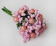 Тычинки с ягодкой светло-розовые