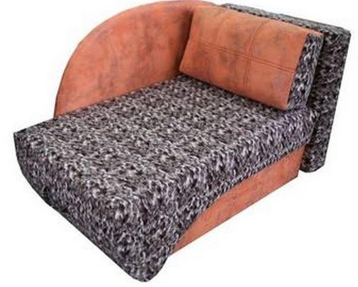 Особенностью дивана Джеки является боковая спинка, которая при выдвижения сиденья, ложится на диван, тем самым образовывая спальное место. В комплект дивана входит подушка и вместительный бельевой ящик.