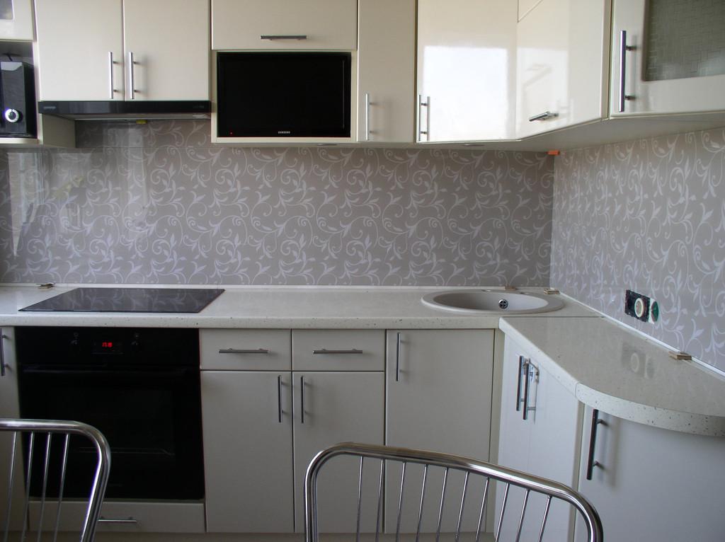 изготовление и установка кухонного фартука с использованием векторного рисунка для фотопечати