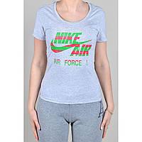 Женская спортивная футболка Nike