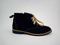 Замшевые классические ботиночки для девочки черного цвета