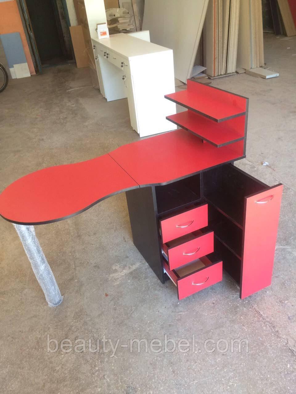 Красный маникюрный стол с ящиком карго