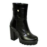 Женские кожаные зимние ботинки на каблуке