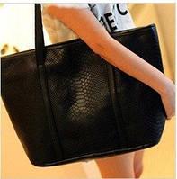 Женская сумка-шоппер со змеиным принтом EV489 черный