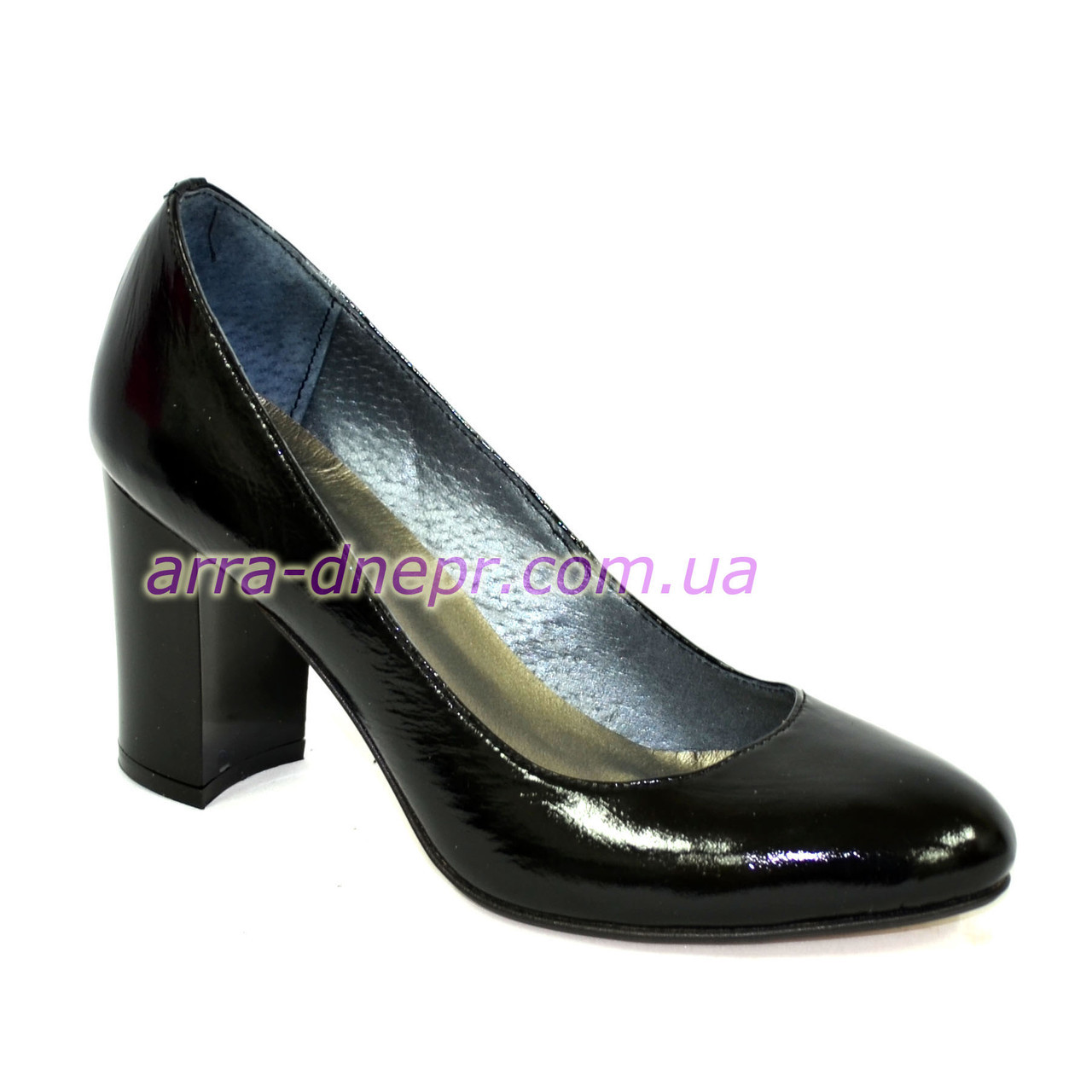 """Женские черные лаковые классические туфли на каблуке. ТМ """"Maestro"""""""