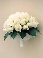 Роза белая в свадебном букете (17шт)