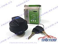 Крышка топливного бака (с замком) Chery Amulet / Senlin (Тайвань) / A11-1103110