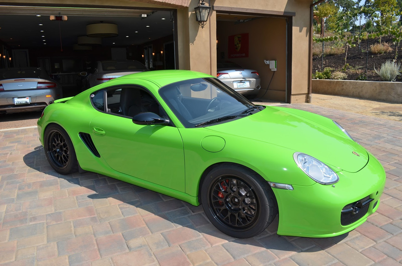 Oracal 970, Lawn Green Gloss 464
