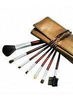 Кисти для макияжа 7 штук в золотом чехле с логотипом
