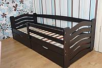 Кровать Микки Маус из массива бука с двумя ящиками и бортиком