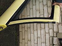 Уплотнитель задней правой двери Nissan Almera N16 Хэтчбек 2002-06