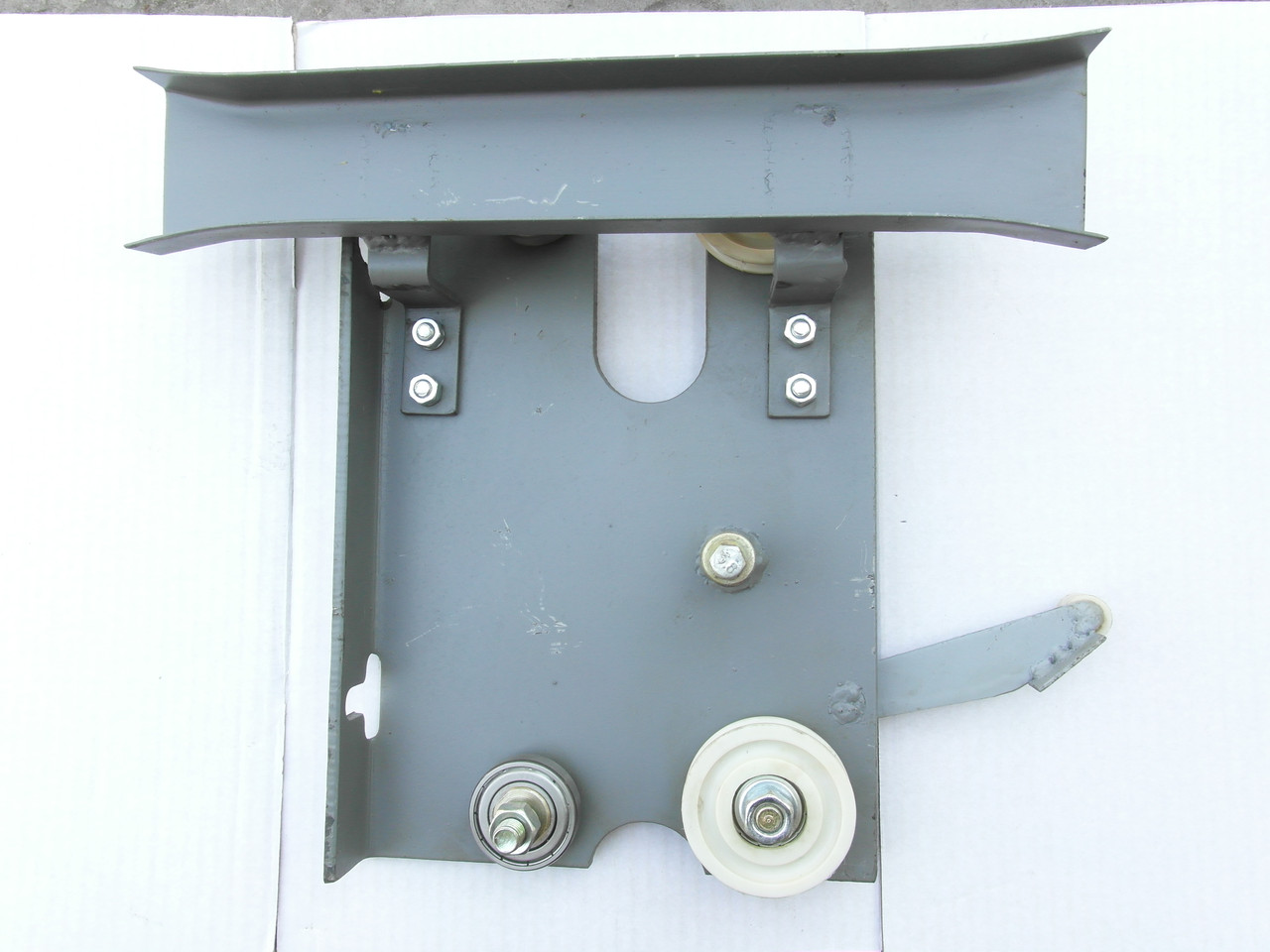Каретка дверей кабины левая 320кг